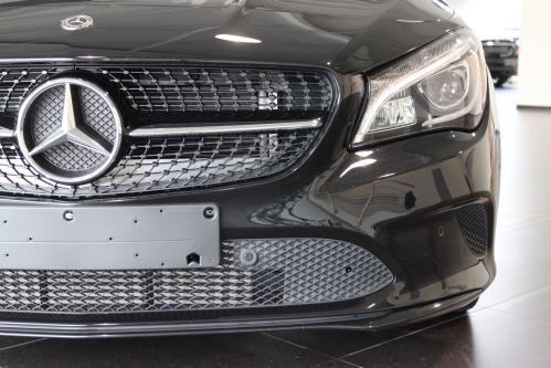 MERCEDES-BENZ CLA 180 Urban Panorama, Night Pack, Led High Performance