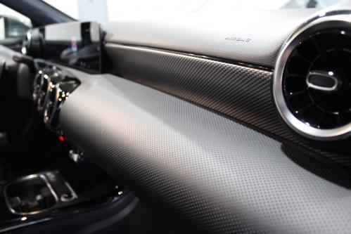 MERCEDES-BENZ A 180 Progressive Progressive, Widescreen Cockpit, Park Pilot, 2019 model, LED High Performance